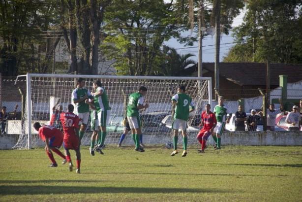 E.C. QUiririm venceu confronto contra União Operária por 1 a 0 - foto: Douglas Casitlho/Quiririm News